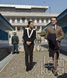 Princess Victoria and Prince Daniel visit South Korea- A visit to the Korean Demilitarized Zone 23/03/2015