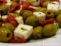 ACEITUNAS CON TOMATE SECO http://carmylasselection.com/