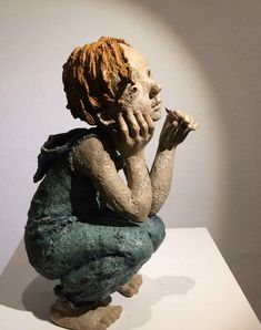 "Galerie Maznel. JURGA sculpteur. ""Stories for Newton. Bronze. 31 x 19 x 14 cm"