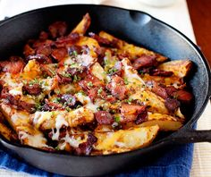 nom-food:  Baked chilli cheese fries