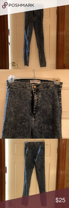 American apparel high waisted jeans Lightly worn // very comfy + stretchy // high waisted American Apparel Pants Skinny