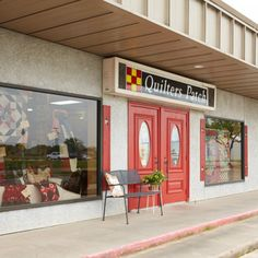 Fabric-lovers from four major Texas cities converge in this longtime quilting  hub celebrated for its diverse inventory and displays.