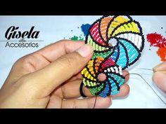 Arete en Espiral de Mostacilla Checa [TUTORIAL] [PASO a PASO] - YouTube Make Up Tutorial Eyeshadows, Make Up Tutorial Contouring, Beaded Earrings Patterns, Bead Earrings, Beading Patterns, Seed Bead Jewelry, Bead Jewellery, Beading Projects, Beading Tutorials