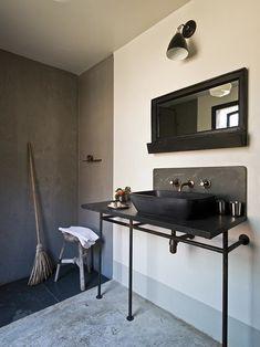 30 Inspiring Industrial Bathroom Ideas