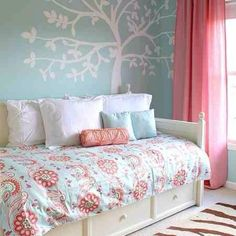Little Girls Bedroom- Love the Annabelle comforter from my Fav company, Serena & Lily!!!