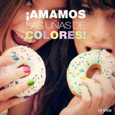 Nada más divertido de unas uñas llenas de color!!