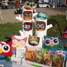 Papier mache tree trunks make a gorgeous home for these crafty owls. Easy, and incredibly unique was of merchandising your stall.