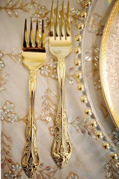 wedding themes and styling trends for 2013 Wedding Gold Cutlery . Wedding Themes, Wedding Blog, Wedding Decor, Wedding Album, Wedding Reception, Dream Wedding, Rustic Luxe, Gold Flatware, Cutlery Set