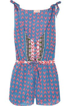 Thrown on over a bikini by the pool, this little playsuit has me dreaming of mexican seasides...