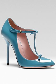 Gucci - Women's Shoes - 2013 Pre-Fall. OMG I would love one in every color ;)