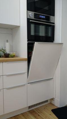 Ikea Kitchen, Kitchen Cabinets, Dishwasher Cabinet, Drawer Rails, Home Office Decor, Home Decor, Beams, Countertops, Kitchens