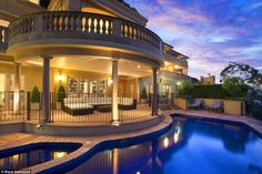 87-89 Wolseley Road, Point Piper, has hit the Sydney property market and is expected to fe...