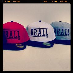 Need some headwear? Bball SnapBack Cap by FOR THREE 43 Basketball only 14,99€. #bball #basketball #forthree #snapback #cap (hier: Seefeld in Tirol Österreich)