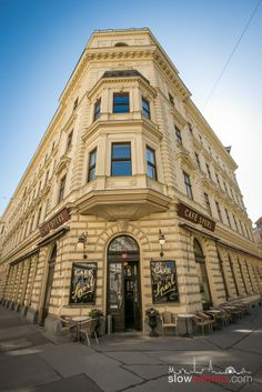 Find out about the real Vienna behind all the shiny tourist attractions, stay on a budget and connect to locals Flatiron Building, Slow Travel, Top Place, Vienna Austria, Travelogue, Architecture Details, Switzerland, Places To See, Countries