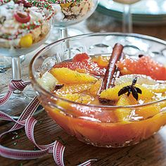 Citrussallad med julig sockerlag | Coop Rocky Road, Punch Bowls, Lime, Desserts, Milkshakes, Smoothies, December, Tailgate Desserts, Smoothie
