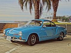 68 VW Karmen Ghia regatta blue