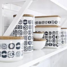 Sagaform KEEP Storage Jars with Oak Lids by: Sagaform - Huset-Shop.com