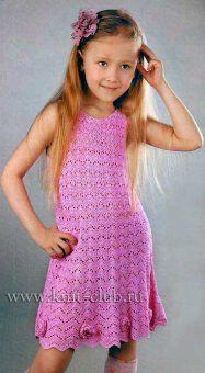 Летнее вязаное платье для девочки со схемами