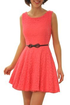 Sobre as características do coral vestidos. Vestidos Vintage, Coral Dress, Coral Color, Pulls, Pretty Dresses, What To Wear, Ideias Fashion, Summer Dresses, Shorts