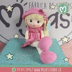 Hermosas muñecas de trapo, disponibles en #Migas visítanos en nuestro punto de venta CL 37 SUR CR 34-32 Envigado #FábricadeSueños #Muñeca #Love #Regalos #Migas #LaCasadelosPeluches