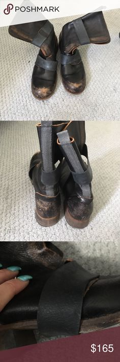 🔥🔥🔥Made in Italy distressed leather boot These are smoking hot boots bands are removable they are made to look distressed !! Size 9 IXOS Shoes Combat & Moto Boots