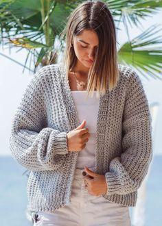 knit cardigan pattern-jacket knitting pattern-1 Knit Cardigan Pattern, Oversized Cardigan, Sweater Knitting Patterns, Jacket Pattern, Knitting Designs, Knit Patterns, Outfit Of The Day, Stitch, Celine