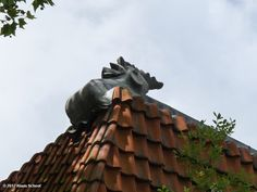 De Dageraad (detail, roof) by Michel de Klerk and Piet Kramer, Plan Zuid Amsterdam, foto Klaas Schoof.