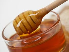 Honey to wash my face. This is a step by step process how to wash, exfoliate and moisturize completely naturally, no chemicals.