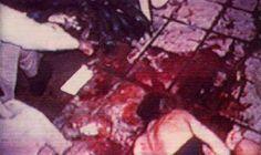 Explicit Crime scene photographs of Nicole Brown Simpson and Ronald Goldman from the OJ Simpson case. Ronald Goldman, Famous Murders, Celebrity Deaths, Serial Killers, True Crime, Fascinator, Oj Simpson, Crime Scenes, Murder Scenes