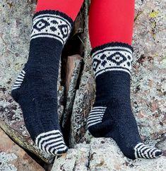 5177462_169 (390x401, 111Kb) Warm Socks, My Socks, Mitten Gloves, Mittens, Knitting Patterns, Knitting Ideas, Boot Cuffs, Knitting Socks, Leg Warmers