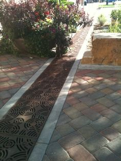 Oblio arrayed as trench. Fort Collins Alley, Fort Collins, CO… Rain Garden, Water Garden, Garden Paths, Drainage Grates, Yard Drainage, Retaining Wall Drainage, Landscape Design, Garden Design, Trench Drain