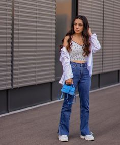 Twin Outfits, Casual Outfits, Western Dresses For Girl, Skirt And Top Set, Pink Wallpaper Iphone, Jeans Style, Mom Jeans, Girls Dresses, True Feelings