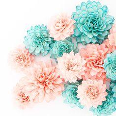 15 corail et Teal mélangé de fleurs en bois par companyfortytwo