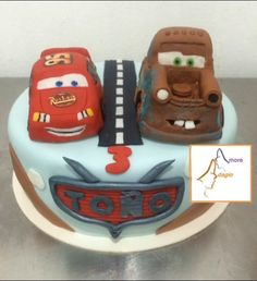 Pastel de Cars Fondant, Desserts, Food, Tailgate Desserts, Deserts, Fondant Icing, Meals, Dessert, Yemek