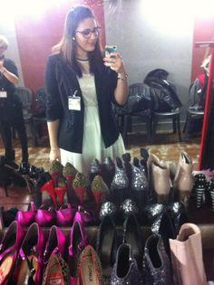 A loser like me: Carla Gozzi,  Venite a scoprire il #CarlaGozziShow #carlagozzi #carlagozzishow #macometivesti #shoppingnight #carlaacademy #carlasacademy #cocochanel #restyling #fashionshow #fashion #fashionmust #ilguardarobaperfetto #fashionmusthaves #enzomiccio #fashionblogger #fashionbloggers #fashionicon #chic #eleganza #fashionacademy #fashionschool #serenaloserlikeme