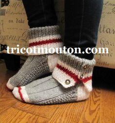 Crochet shoes adult sock monkeys ideas for 2019 Knitted Slippers, Crochet Slippers, Knit Or Crochet, Slipper Socks, Crochet Granny, Crochet Baby, Loom Knitting, Knitting Socks, Baby Knitting