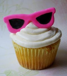 Summer sunglasses fondant cupcake toppers by LittleSugarTops, $8.00    #summer #cupcakes #toppers #fondant #sunglasses #beach #pool #birthday #party