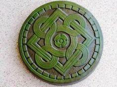 irish theme garden | KGrHqJ,!oQFG),iRKmGBR0YNF0oqg~~60_35.JPG