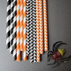 Halloween Paper Straws.Chevron papers available here >> http://www.paperistas.com/search.php?search_query=chevron&x=0&y=0