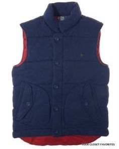 Crafted from soft fleece, this cozy yet durable zip-up vest features a storm placket and a cotton ripstop lining that will protect you from the elements.