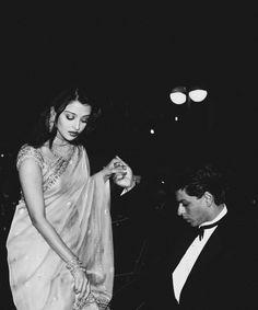 Aishwarya with Shah Rukh Khan at Cannes a Film festival, 2004, for premier of Devdas.