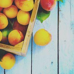 Something sweet for National Dessert Day. #nationaldessertday #americanharverstco #americanharvest #desset #sweet #sugar #peaches #peachesandcream #brickellcitycentre #brickell #downtown #miami #dining #tgif #Friday #instasweet #dessertlover #ilovesugar #treatyourself #delicious #cleaneating #FarmToTable #cleanoptions  Yummery - best recipes. Follow Us! #nationaldessertday