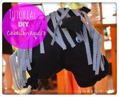 los tutoriales de artbril: DIY- Tutorial caballo de fieltro con patrón gratis