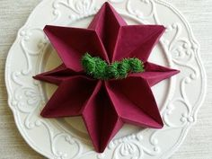 How to Fold a Napkin, Poinsettia, Christmas Poin … Christmas Napkin Folding, Christmas Napkins, Christmas Poinsettia, Christmas Star, Simple Christmas, Christmas Crafts, Napkin Origami, Conference Table Design, Reception Table Design