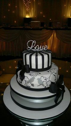 Love cake. Black, grey and white with some sparkle.