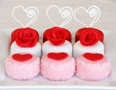 Valentine's Day *Food* - Petits Four (tutorial - made with Oreo Cakesters)