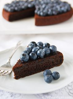 Fat free chocolate blueberry cake