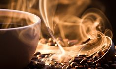 CAFFEINE - Would you believe that coffee is one of the healthiest beverages you can drink? Here are 6 proven health benefits from enjoying your daily cup of Joe. Coffee Drinks, Coffee Cups, Drinking Coffee, Best Fat Burning Foods, Decaf Coffee, Cafetiere, Coffee Health Benefits, Coffee Roasting, Coffee Break