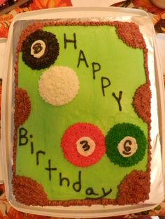 Pool table cake. made by @Tkc5SOS