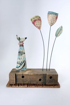 Hound and Stems ceramic & driftwood 13 x 17 x 5 cm Fimo Clay, Polymer Clay Crafts, Ceramic Clay, Plaster Sculpture, Pottery Handbuilding, Preschool Crafts, Fun Crafts, Paperclay, Clay Animals